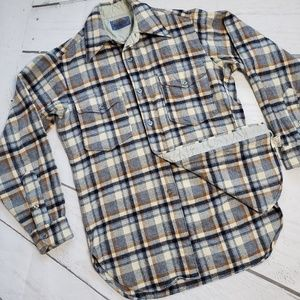 Vintage Pendleton 100% wool plaid button up shirt